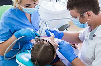 انواع جراحی های دندانپزشکی